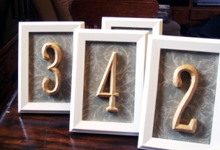 Shabby-Chic-Elegant-Vintage-DIY-Wedding-Table-Numbers