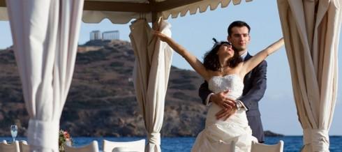 happy-bride-and-groom1-e1413549185848-710x316